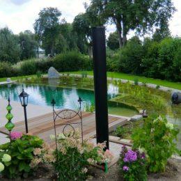 Gartengestaltung mit Schwimmteich in Geisling