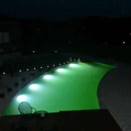 Unterwasserbeleuchtung bei Schwimm- und Naturteichen